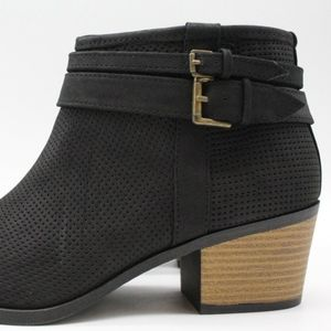 Qupid Shoes - Qupid Black Perforated Ankle Booties Size 8